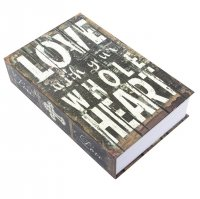 Книга сейф Love With Your Whole Heart (24 х 16 х 5,5 см)